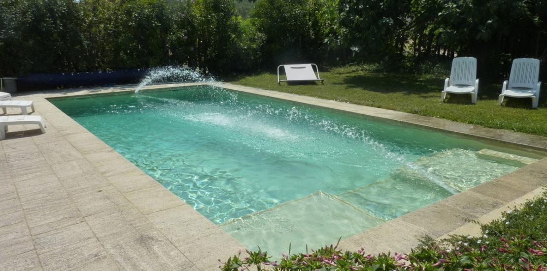 Les jeux d'eau de la piscine